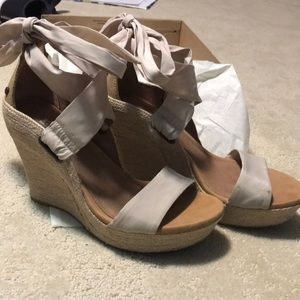 UGG JULES WEDGES